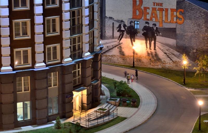Продажа 4-комнатной квартиры, Москва, Мытная,  7с1
